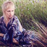 Haare färben beim Blond-Experten Dresden Coiffeur Lauda, hier junge Frau mit natürlicher Blondierung